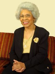 Dillard alumna Jacqueline Beck started her career as an instructor in nursing at Florida A&M in 1958, progressed through the ranks and reached a milestone as the founding dean of the School of Allied  Health Sciences from 1982 to 2000. She retired in 2003 and was named professor emeritus. The university named the structure housing the school the Margaret W. Lewis-Jacqueline B. Beck Building.