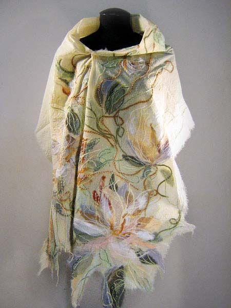 """Яга шаль из коллекции """"Маркиза де Помпадур"""". Изготовлена из эксклюзивной Яга-ткани ручной работы. На заказ"""