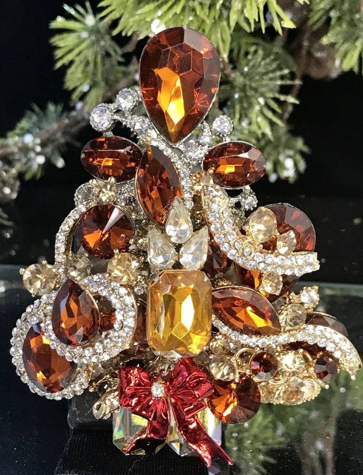 Elegant Amber & Topaz Vintage Rhinestone Christmas Tree Brooch LaHeir  | eBay