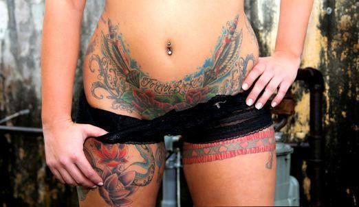 Фото тату на интимных частях фото у женщин