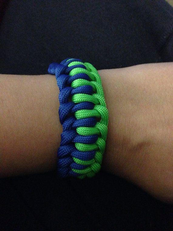 Seattle Seahwaks color paracord bracelet