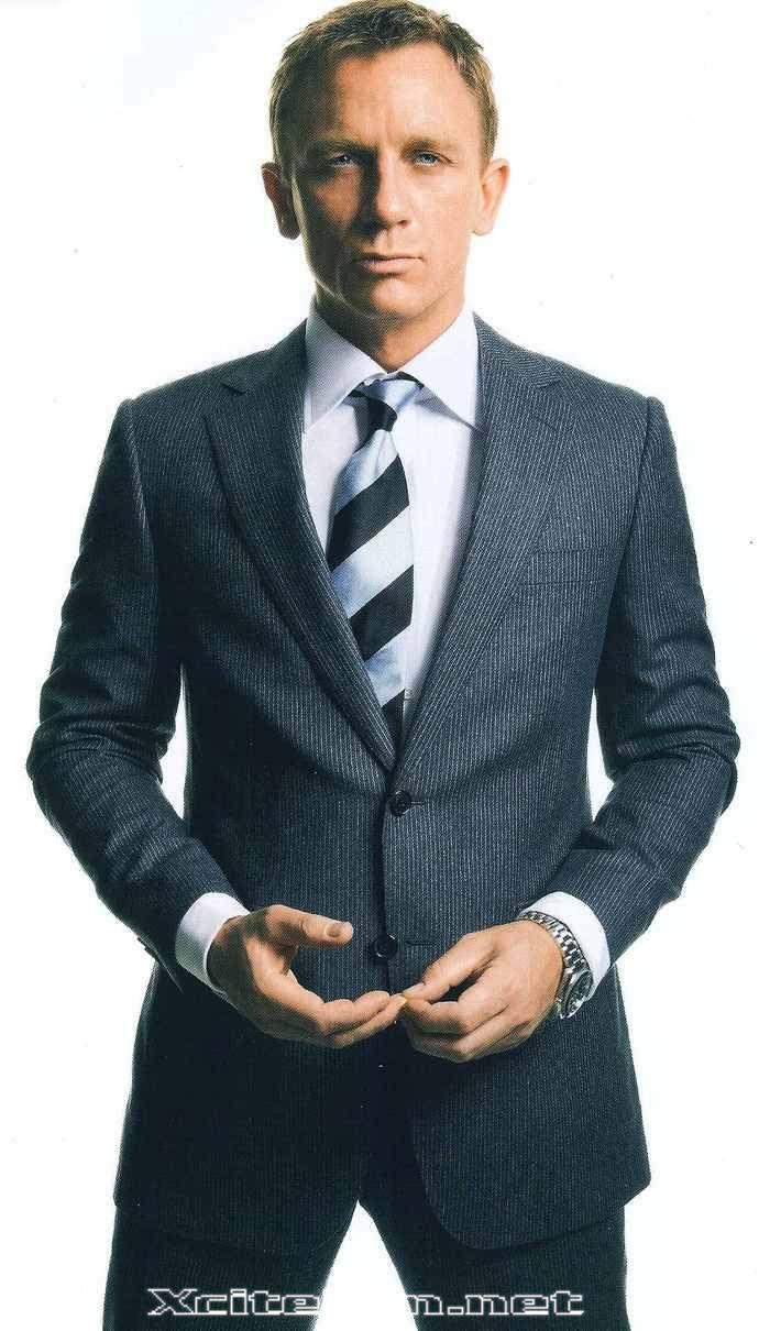 Daniel Bond.  I mean James Craig.  I mean Daniel Craig.
