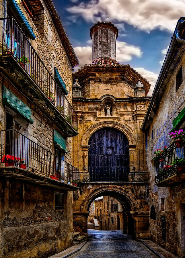 """Calaceite, Aragon (Spain) known as the """"Spanish Tuscany""""   Picture by Jose Luis Mieza on 500px"""