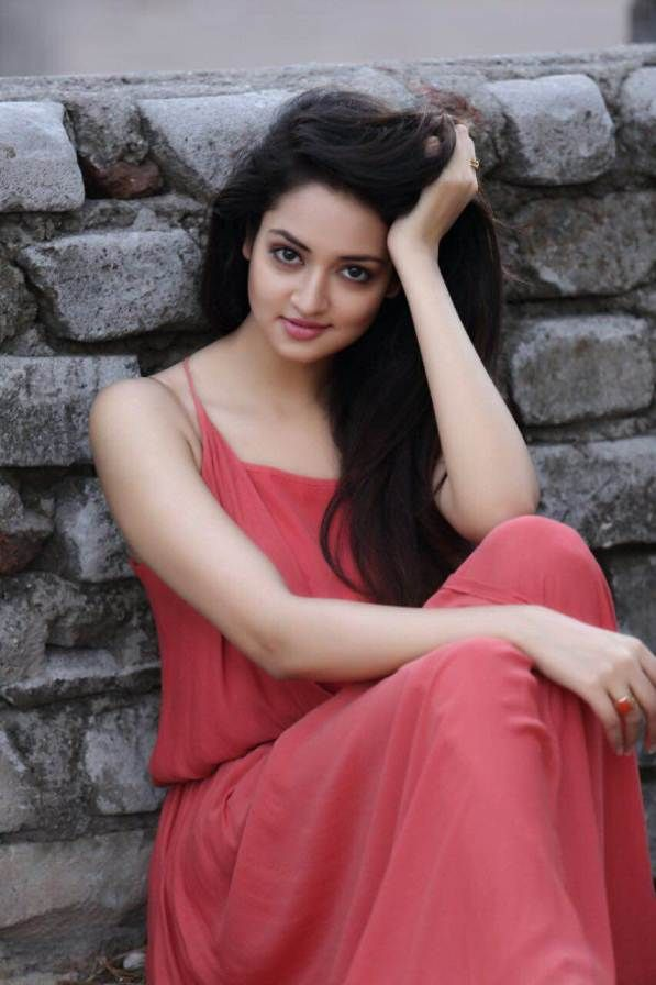 Shanvi Srivastava Sweet HD Wallpaper Images
