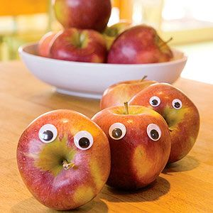 The Eyes Have It: Everyday objects gain a playful personality with simple additions.Plays Personalized, Lunch Boxes, For Kids, Simple Addition, Around The House, Lunches Boxes, Googly Eye, Everyday Object, Eye Apples