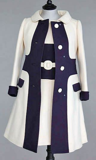 Ensemble, André Courrèges, 1967 - looks like something mod style that Emma Peel would wear