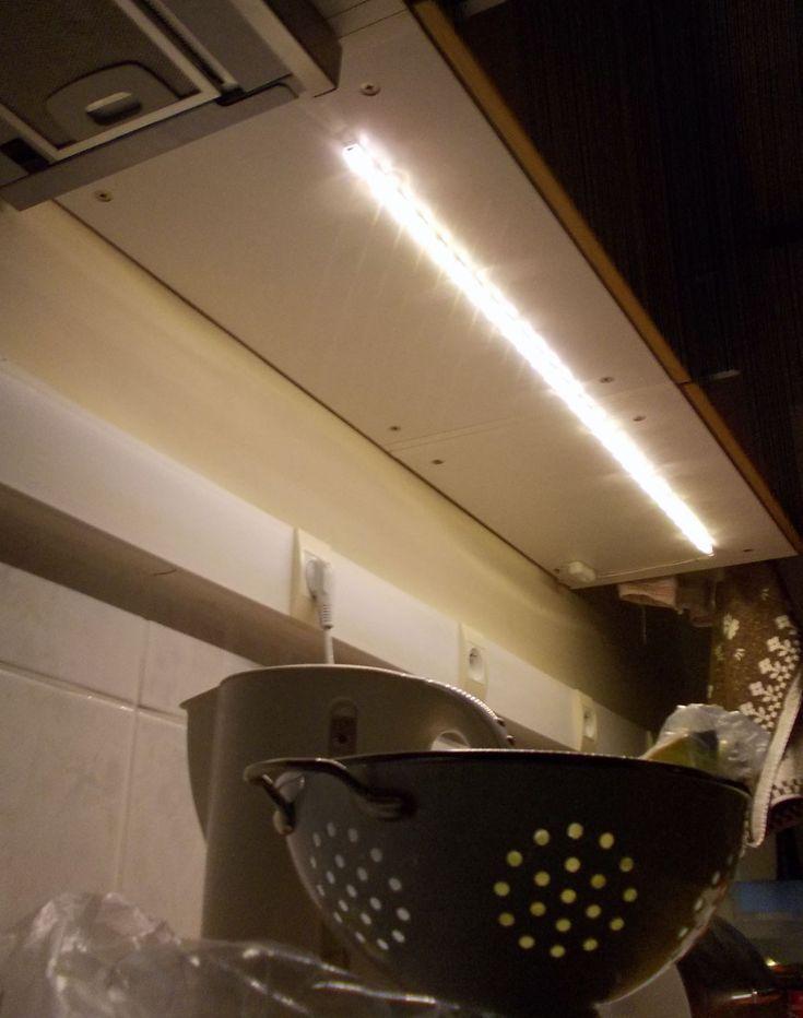 under cabinet lighting ikea hackers diy stuff built ins lighting ideas. Black Bedroom Furniture Sets. Home Design Ideas