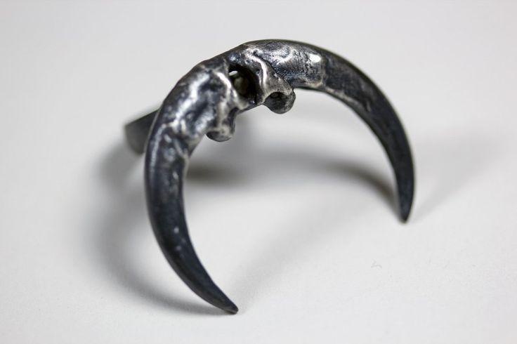 Naja ring. Owl talon crescent. – Blood Milk Jewels
