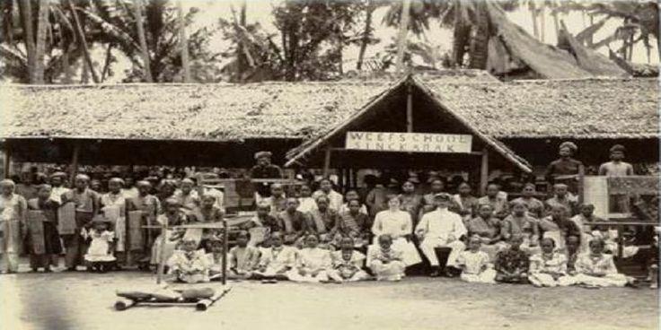 Hukum Adat di Indonesia