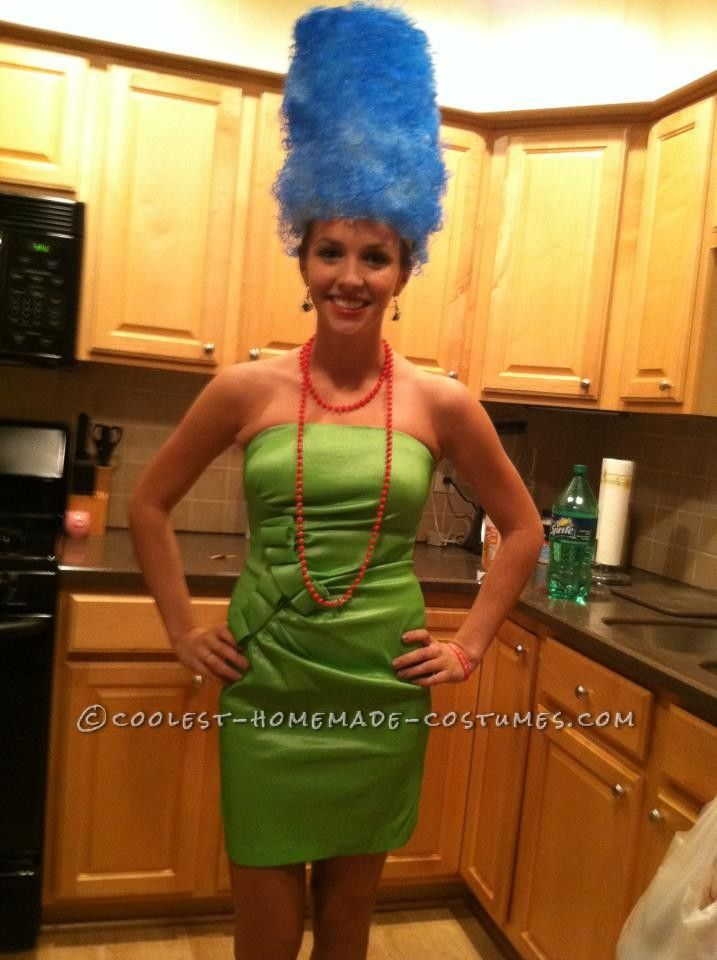 easy marge simpson costume homemade halloween costumes and the o 39 jays. Black Bedroom Furniture Sets. Home Design Ideas