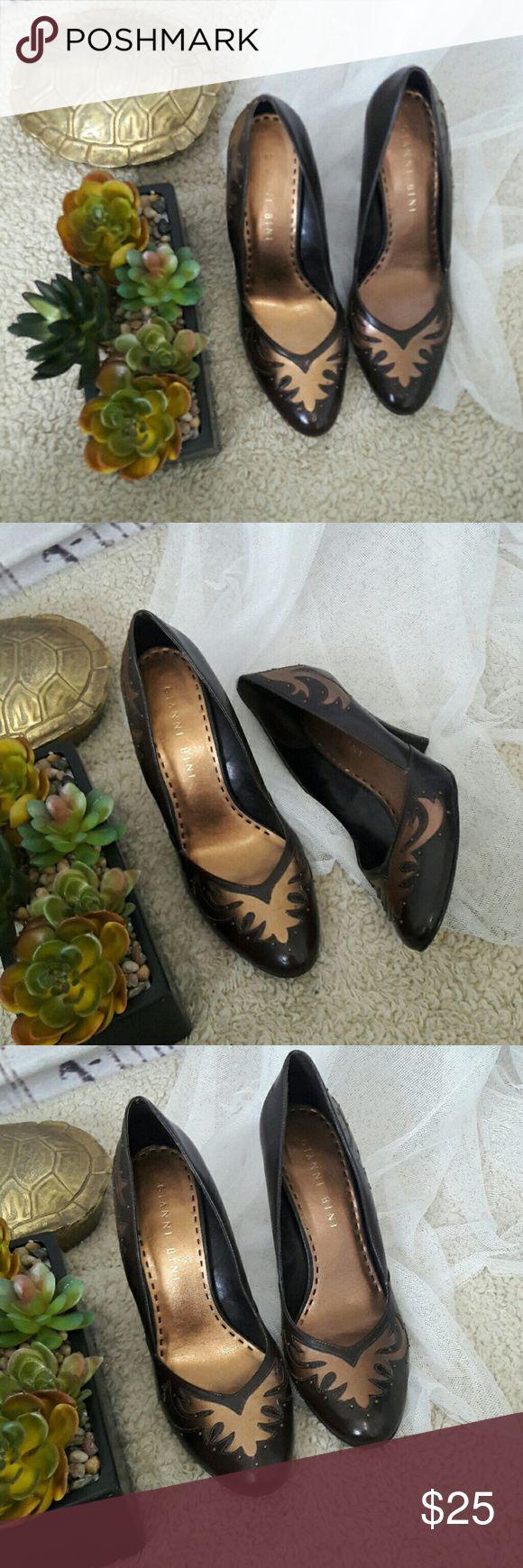Gianni Bini bronze and brown classic heel Gianni Bini  • 10 • GUC • super cute Gianni Bini Shoes Heels
