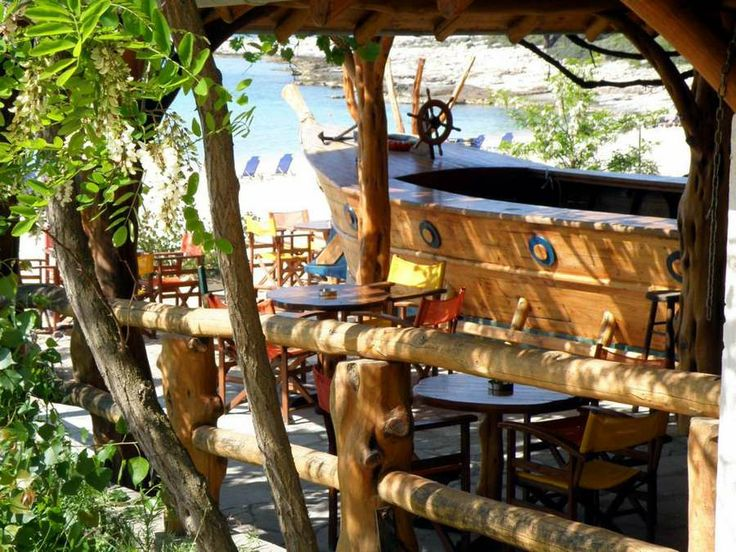 Psili Ammos beach bar