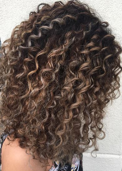 balayage highlights on curly hair