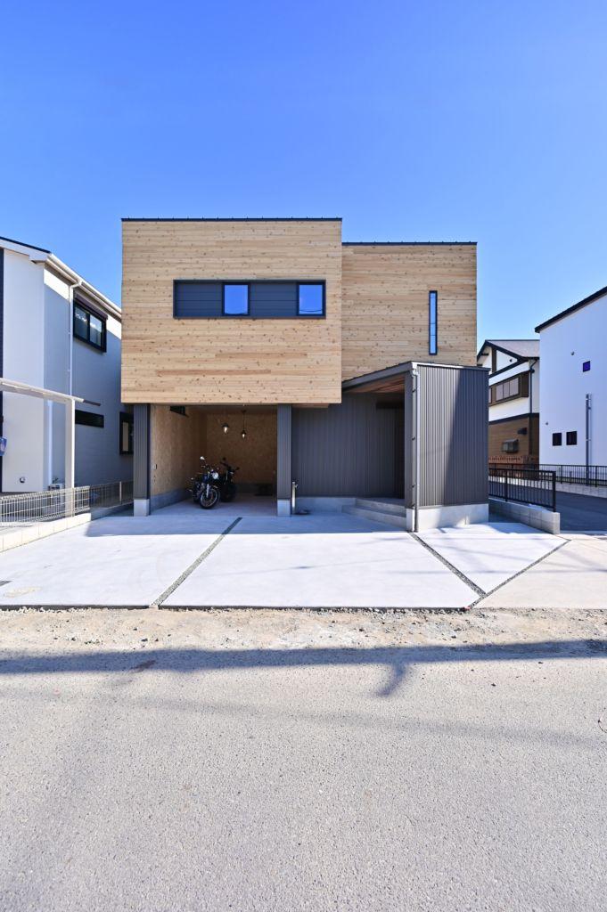 2階リビングのカフェ風ハウス 2021 ホームウェア 家 注文住宅
