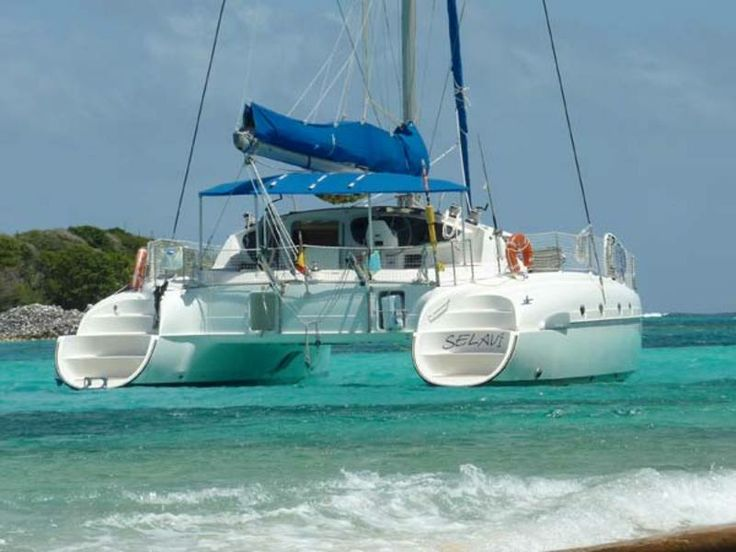 #Yachts Bahia 46 - #SailBoat - from #SaintVincent and the #Grenadines. Navigation Area: #CaribbeanSea. Maximum Capacity: 12 persons. Price for day: 169,00 €. - Find out more at: http://www.barcheyacht.it/noleggio-barche/vela-bahia-46-saint-vincent-and-the-grenadines_421/