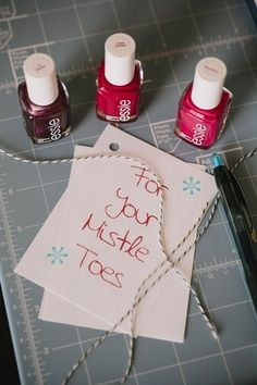 "Christmas gift idea. Mistle ""Toes"""
