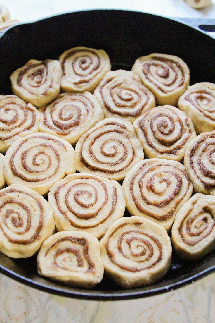Coffee Cake Cinnamon Rolls Cinnamon roll cake, Coffee