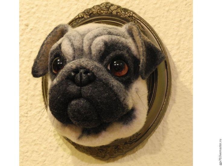 Купить Портрет мопса объёмный - бежевый, мопс, мопсик, портрет на заказ, панно, объемный, валяный