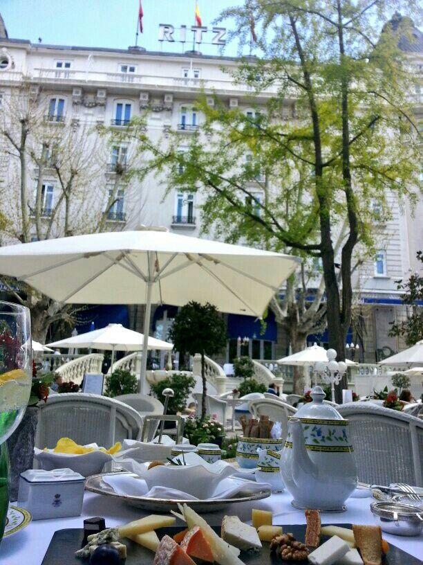 Cirque Zingaro Paris Restaurant