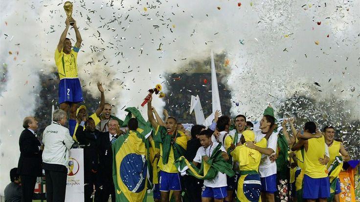 FIFA.com sigue la cuenta regresiva para Brasil 2014 con la publicación de un curioso dato estadístico diario. Hoy presentamos a la selección más laureada y a los equipos más goleadores de la historia del Mundial.