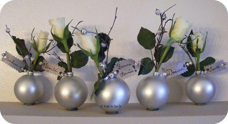 Boules de sapin détournées en soliflores pour décorer les tables de fin d'année, noël, christmas