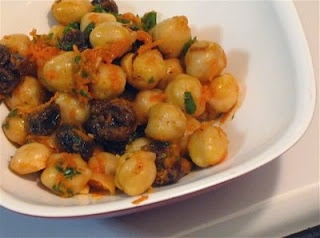 North African-Style Chickpea Salad