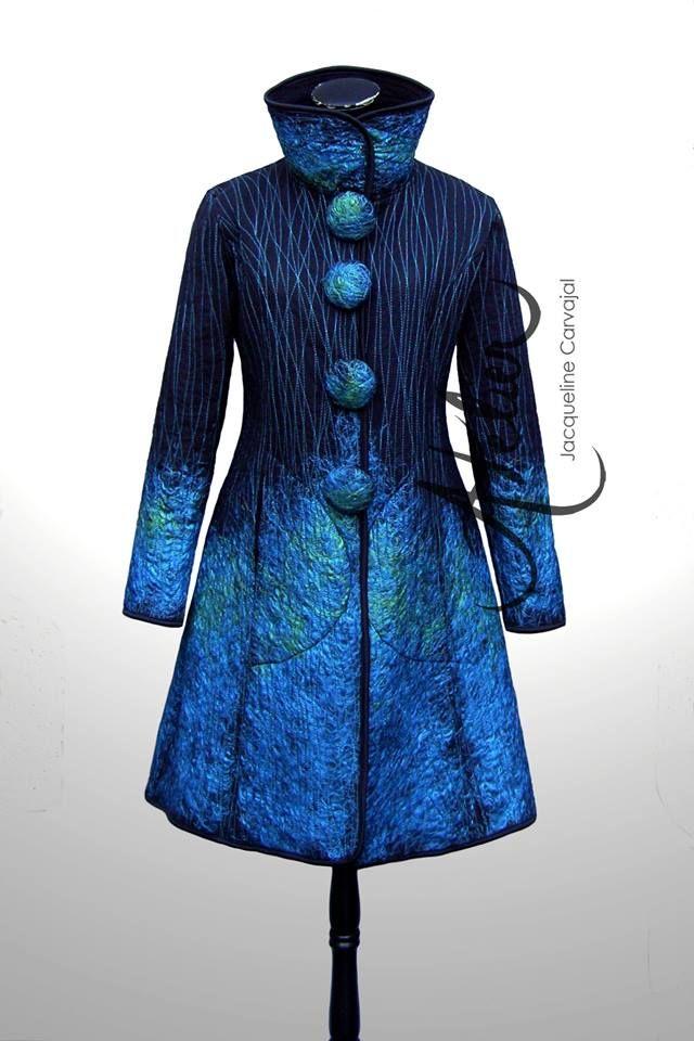 """Abrigo """"Euforia"""", tul por fuera polar por dentro aplicaciones en lanas recicladas 85.000 5 norte 275 / Viña del Mar/ 032-2477687 ENVIOS TODO CHILE"""