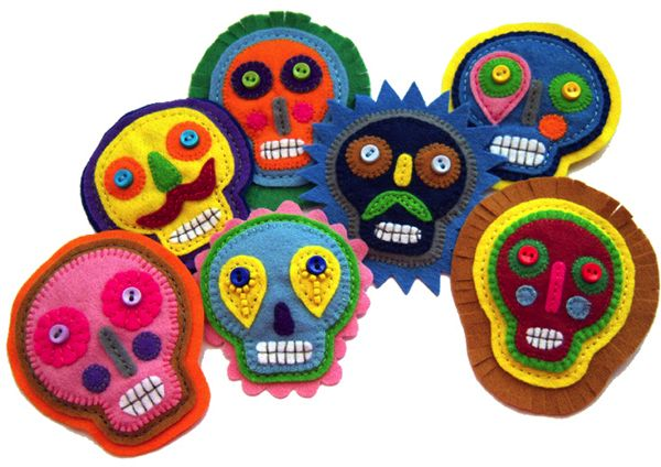 Great idea. Felt Skulls. Can do this with flowers, birds, etc.