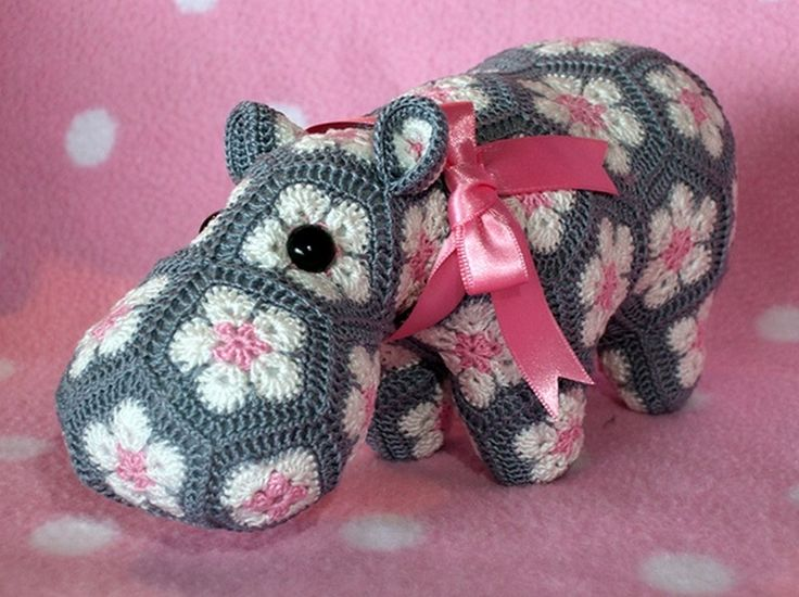 Free Crochet Hexagon Hippo Pattern : 17 Best ideas about Crochet Hippo on Pinterest Crochet ...