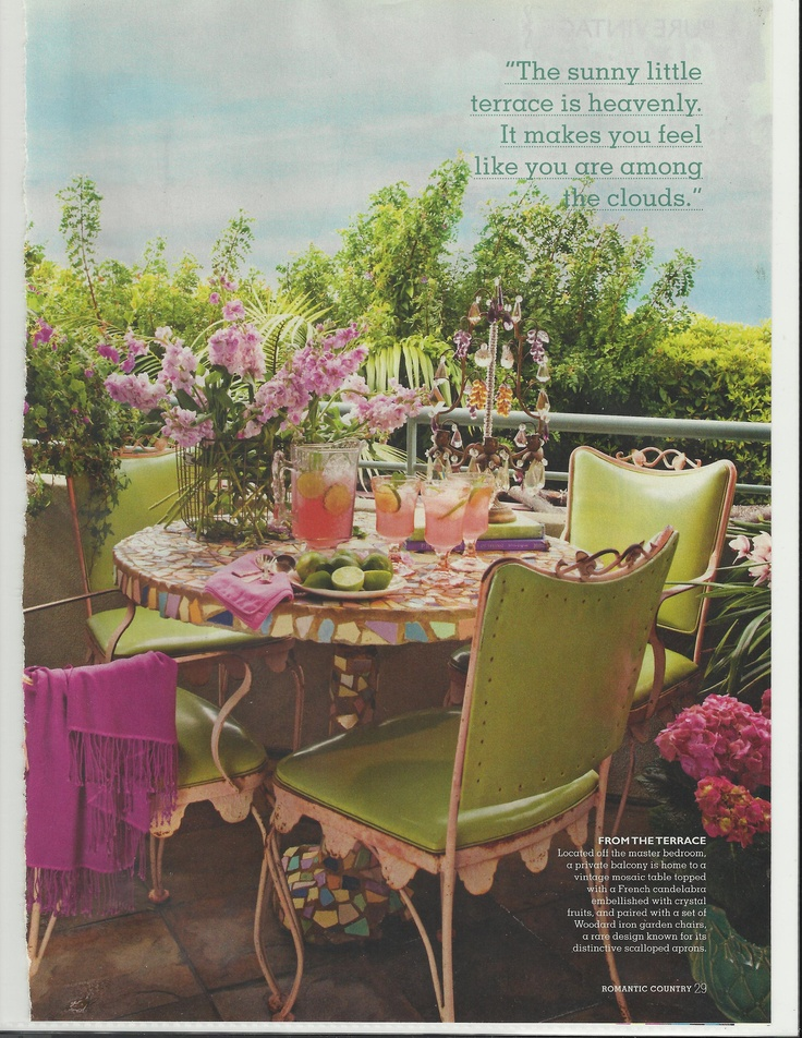 Karen Ewarts Lovely home.: Outdoor Living, Garden Style, Dining Tablescapes, Beautiful Furnishings, French Cottage, Green French, Ewarts Lovely, Karen Ewarts