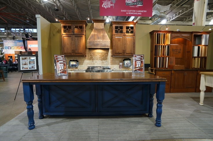 Columbus Dispatch Home And Garden Show 2013   Love The Furniture Style  Center Island