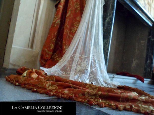 tessuti-antichi-lampassi-tende-in-tulle-liberty-francese-la-camelia-collezioni