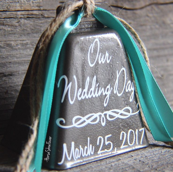 Rustic Wedding Cake Topper. By HorseShoeFever, Etsy, Western, Country, Southern, Cowgirl, Cowboy, Cattle, Southern, Wedding Gifts, Bridal Shower, Ring for a Kiss. HorseShoeFever.Etsy.com