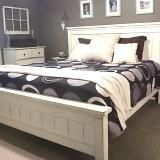 I want to make this!  DIY Furniture Plan from Ana-White.com  The bed that started it all. Some cleverly placed stud grade boards and some antique white paint, and I give you a sturdy, simple heirloom quality bed. Special thanks to Marion at The Bumper Crop for sharing her amazing photos.