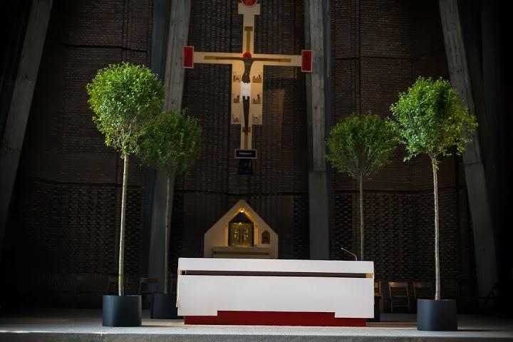 corpus christi. trees at the altar.