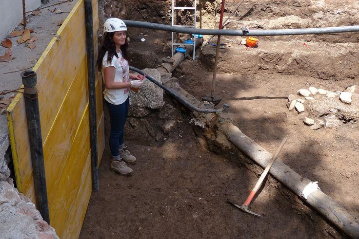Il sorriso dell'archeologa II. Lucca - null