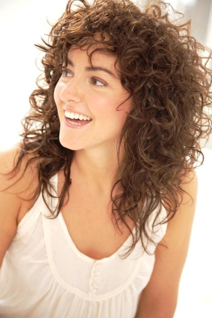 haircut techniques for curly hair 25 best ideas about medium curly haircuts on 6042