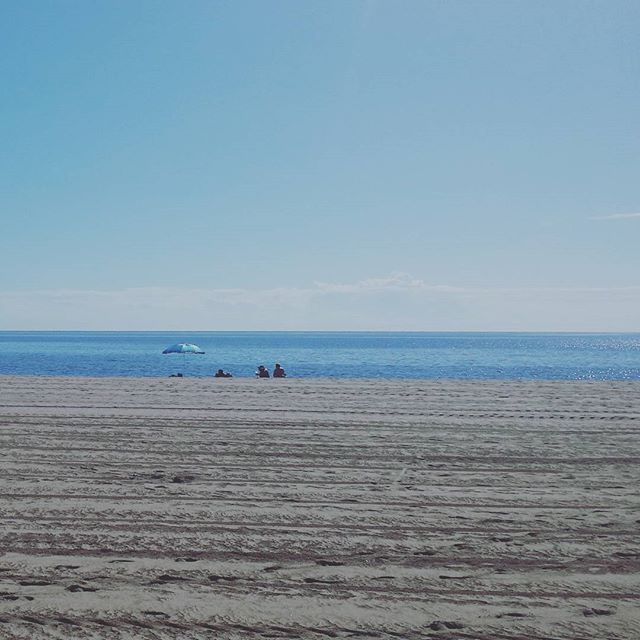 What a beautiful day - It's mid October and there is still people on the beach! #Beautiful #day #October #Spain #Sun #LaCalaDeMijas #beach #lunchbreak #instamood #instalike #hubspider