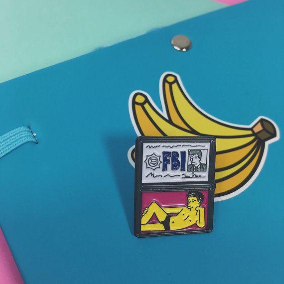 The Simpsons X Files Fox Mulder FBI ID enamel pin