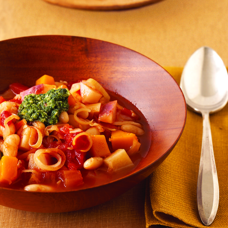 Autumn+Harvest+Minestrone+http://www.prevention.com/food/healthy-recipes/healthy-low-calorie-slow-cooker-recipes