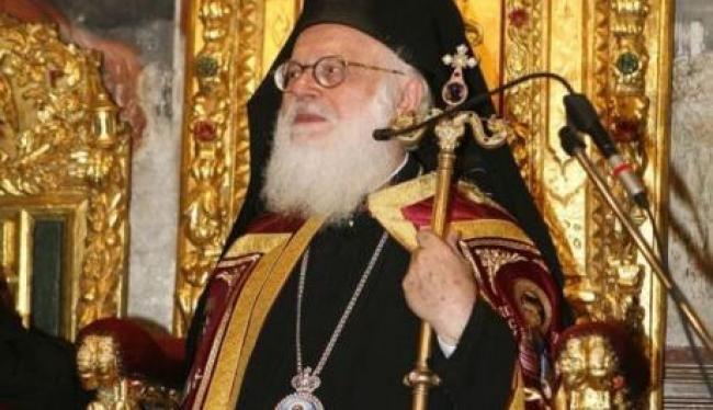 Ο Αρχιεπίσκοπος Αλβανίας Αναστάσιος έχει κάνει διατριβή στο θέμα του Ισλάμ, του οποίου εδώ και δεκαετίες έχει καταγράψει τη φυσιογνωμία.