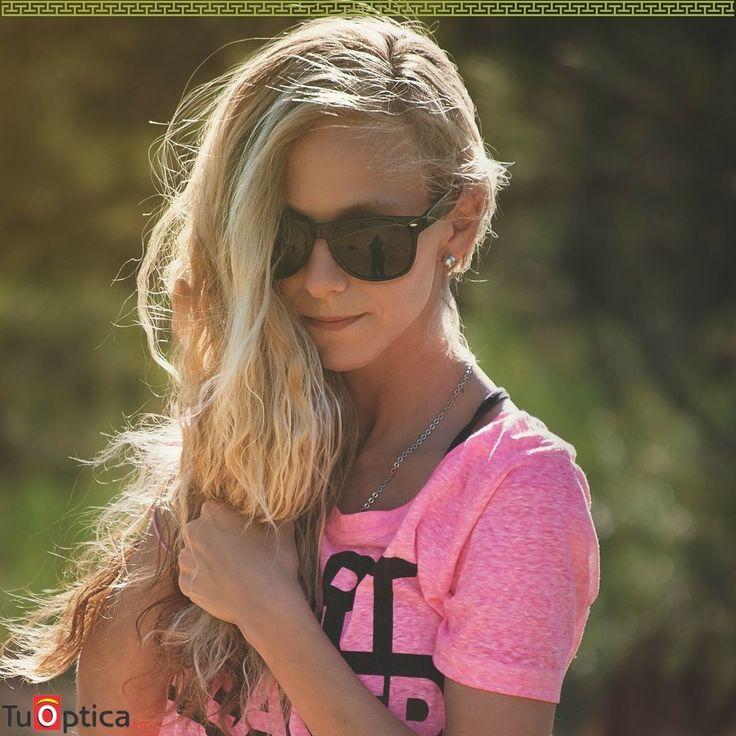 Llega el fin de semana Ven por tus gafas de sol!  Te esperamos en nuestros puntos ópticos Contacto (5) 368 9197 / 318 2064951 Estamos ubicados en Barranquilla Calle 72 #56-18 - Valledupar Calle 15 #14-33 Edificio Portal Del Valle  Teléfono: (5) 808234 Envíos a todo el país #economia #calidad #estilo #gafasniños #GafasColombia #Funny #Monturas #optica