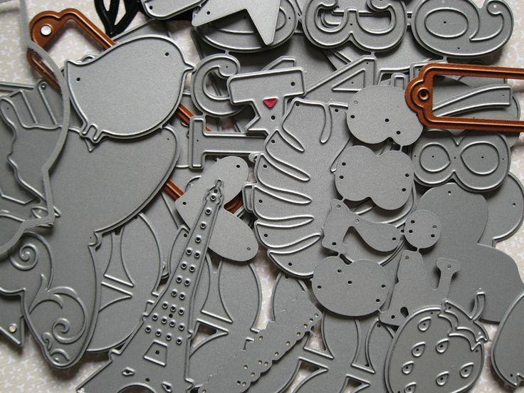 Tout est question d 39 organisation craft play room office pinte - Materiel de scrapbooking pas cher ...
