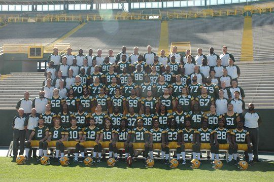 Ladies and Gentlemen: Your 2104 Green Bay Packers Roster - http://allgbp.com/2014/08/31/ladies-and-gentlemen-your-2104-green-bay-packers-roster/ http://allgbp.com/wp-content/uploads/2011/06/Packers-2010-Team-Photo.jpg