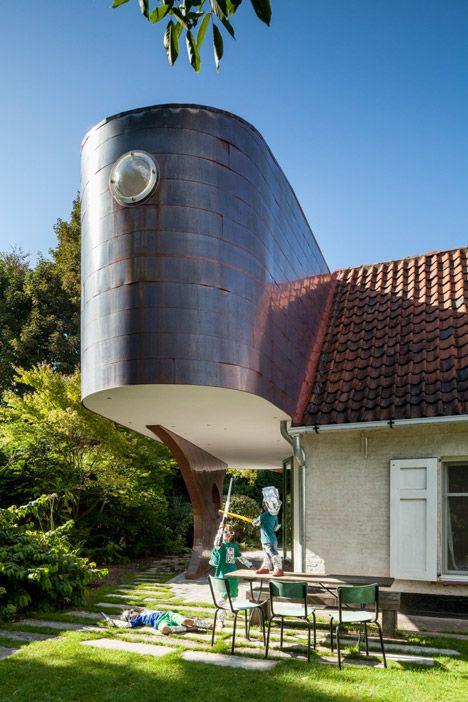 A Copper Annex to a Fermette by Atelier Vens Vanbelle