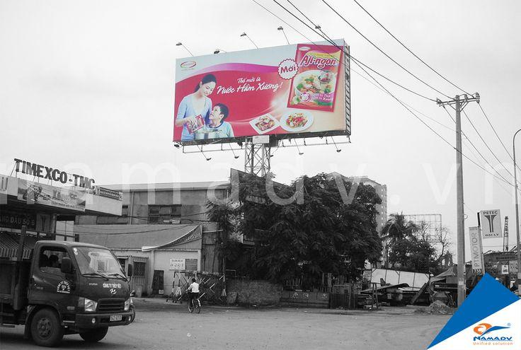 Bảng quảng cáo Aji-ngon  –  Xa lộ Hà Nội