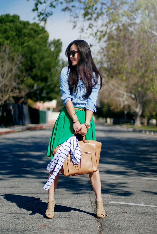 I love layered outfits. Definitely gives me inspiration!    #pretty #style #fashion