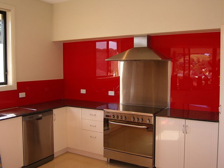 After Acrylic Splashback With An Insert Behind The Cooktop
