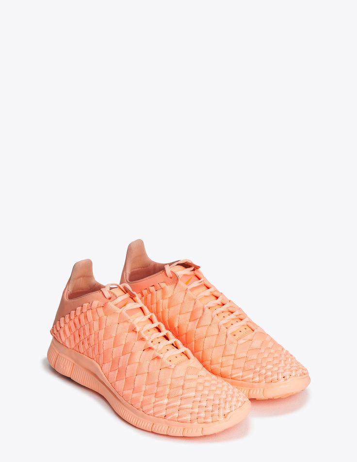 Nike Sportswear - Free Inneva Woven Tech SP Pink   TRÈS BIEN