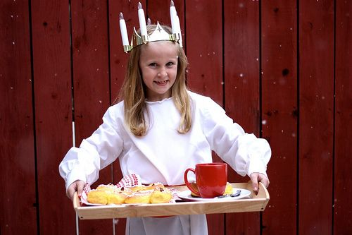 What to Eat on St. Lucia Day and other Scandinavian Christmas Recipes!
